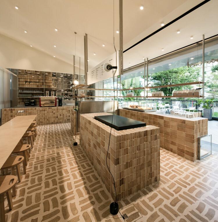 GAGA TOAST Bakery / dongqi Architects.  Изображение © Taitt Liu