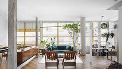 Louveira Apartment / Ana Sawaia Arquitetura