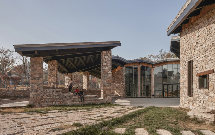 Outdoor theatre. Image © Chun Fang