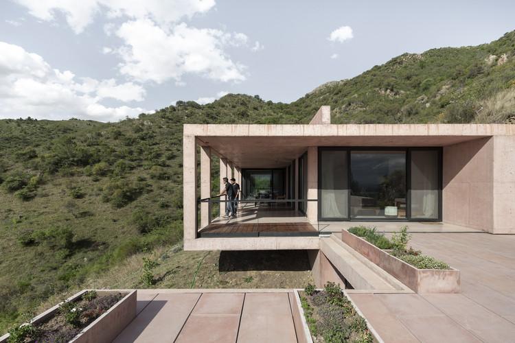 Casa MF / alarciaferrer arquitectos, © Federico Cairoli