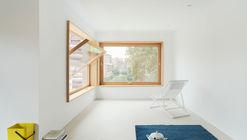 Casa First House / HANGHAR