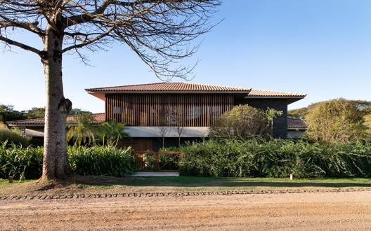 Casa Horizontal / MF Arquitetos