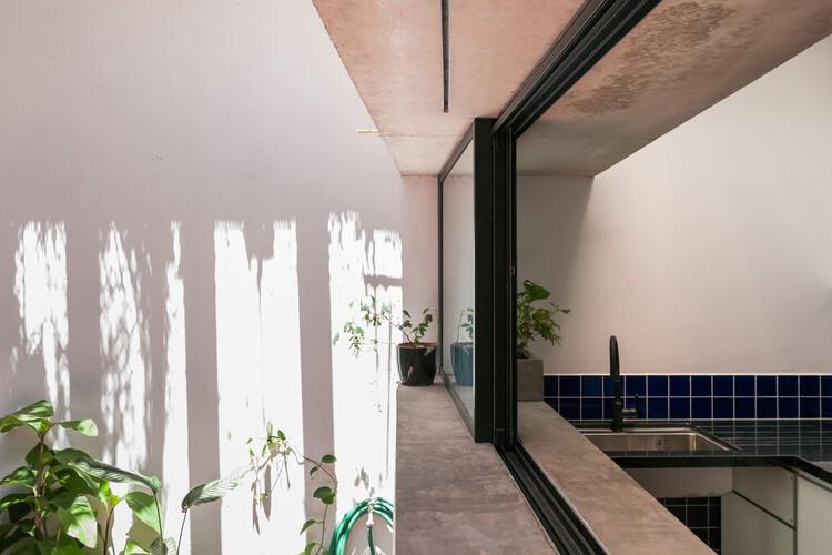 Reforma Pepe / Taller de Arquitectura La Fundación + Estudio qo, © Luciano Navarini