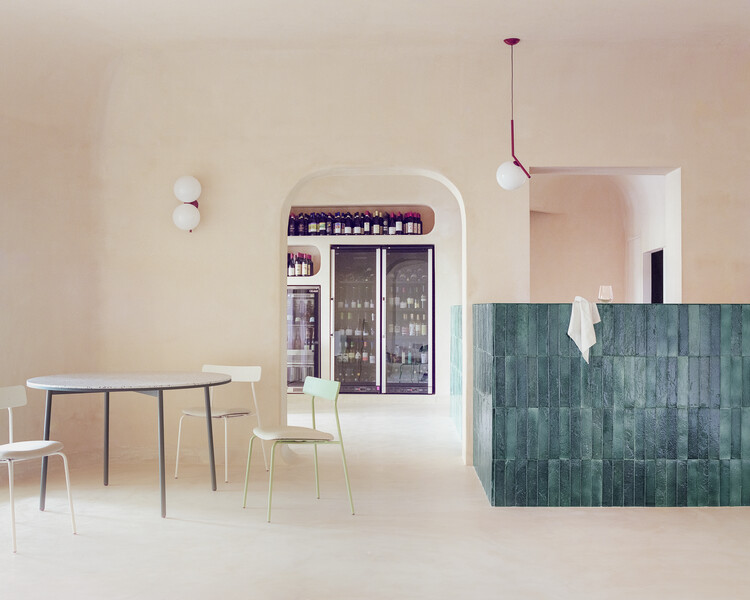 Myrto Restaurant in Porto Cervo / studio wok, © Simone Bossi