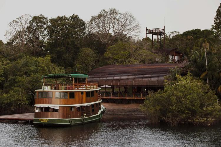 Mirante do Gavião Amazon Lodge / Atelier O'Reilly.  Изображение © Тайс Антунес