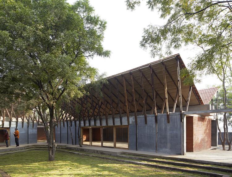 Духовный центр Джетаван / Самип Падора и партнеры.  Изображение © Эдмунд Самнер