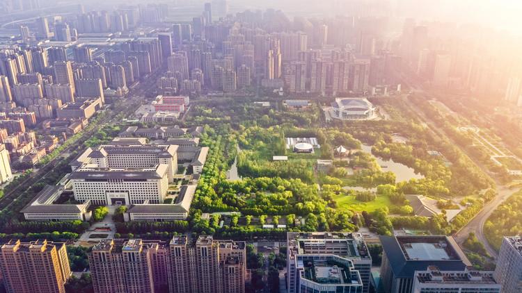 С высоты птичьего полета.  Изображение © Цзинь Чжан