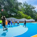 Basketball Court. Image © Jin Zhang