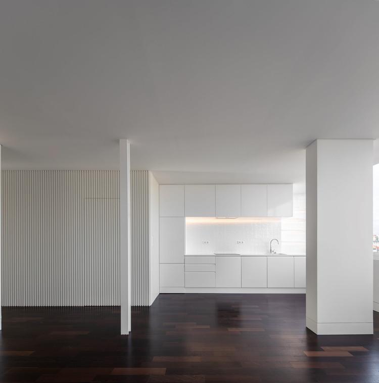 Apartamento Graça I SLD / João Tiago Aguiar Arquitectos, © Fernando Guerra | FG+SG