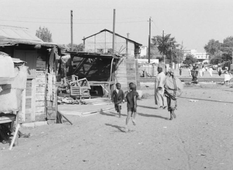 Район Медина.  Изображение предоставлено Janus Films