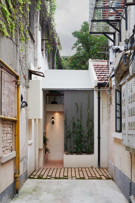 Der Eingang.  Bild © Hao Chen