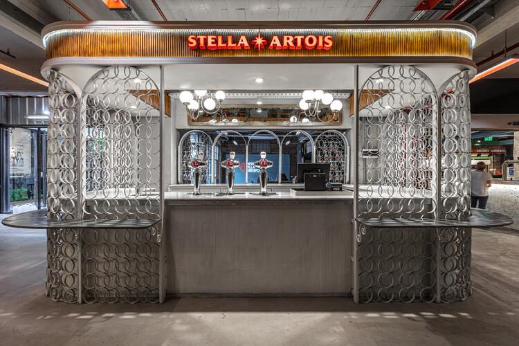Stand Stella Artois - mercat / Hitzig Militello arquitectos, © Federico Kulekdjian