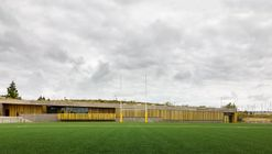 Antonio Martin Sports Field / DIAZ DONCEL arquitectos