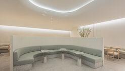Mok-dong Hyundai SAGE Lounge / LABOTORY