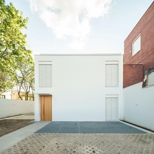 Casa Woodcase / Ayllón Paradela Deandrés arquitectos