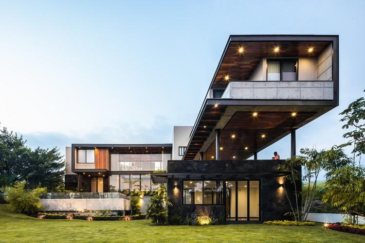 Arquitectura en México: proyectos para entender el territorio de Colima, Casa Kaleth / Di Frenna Arquitectos. Image © Oscar Hernández