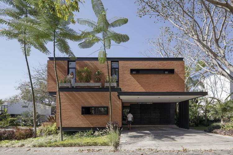 Mao House / Di Frenna Arquitectos.  Изображение © Лорена Даркеа