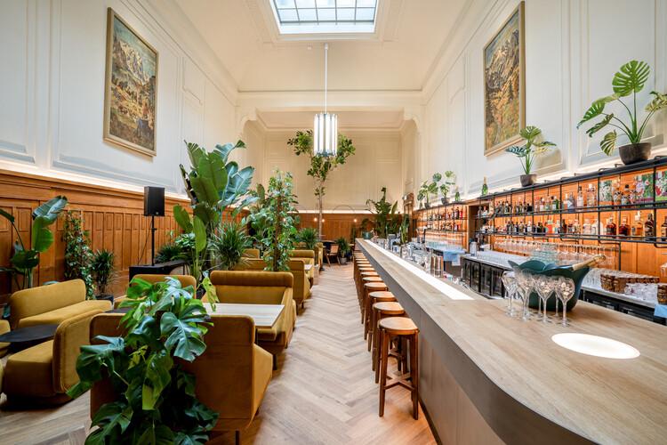 Restaurant Lora / Foeldvary Staehelin, © Foeldvary Staehelin , Jeton Shali