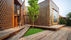 Artisans Ayutthaya: The Woman Restaurant / Bangkok Project Studio