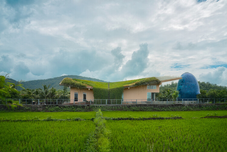 Sunoo Temple House / Saket Sethi Design, © Fabien Charuau
