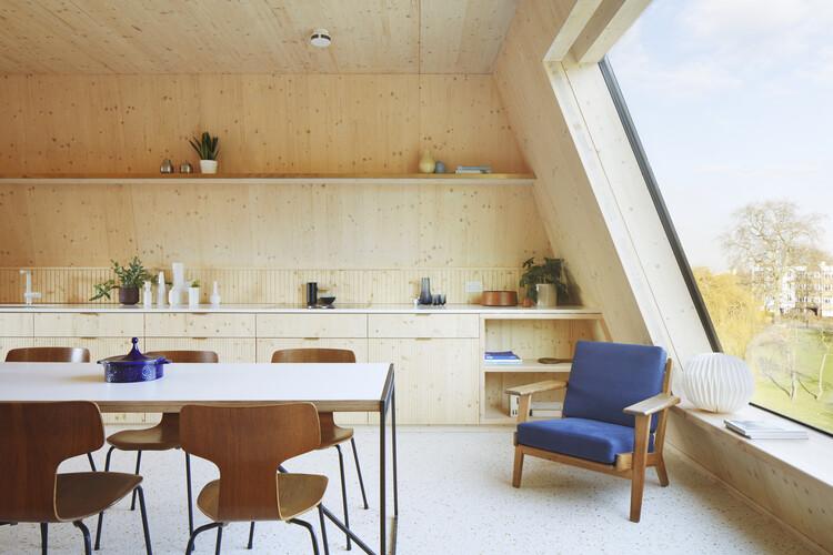 Апартаменты Rye (Лондон SE15) от Tikari Works.  Изображение © Джек Хобхаус