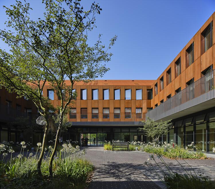 Королевская школа, Кентерберийский международный колледж от Walters & Cohen Architects.  Изображение предоставлено RIBA