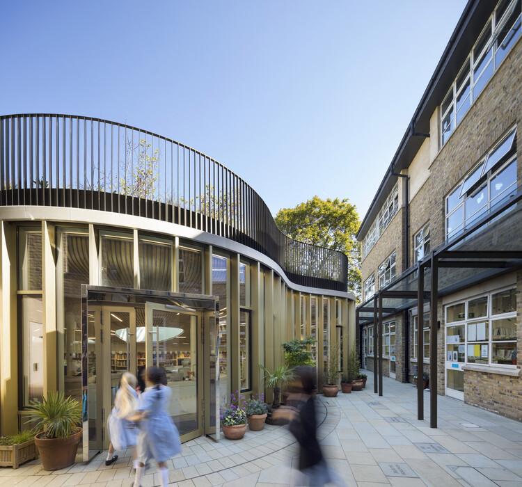 Центр творческого обучения, Школа Фрэнсиса Холланда (Лондон, SW1W), BDP.  Изображение © Ник Кавилл
