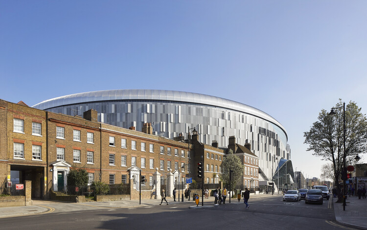 Стадион Тоттенхэм Хотспур (Лондон, N17) от Populous.  Изображение © Hufton-Crow