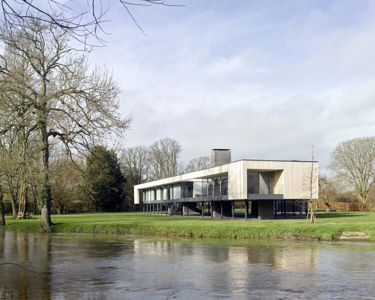 Дом Нарула (Беркшир) от John Pardey Architects.  Изображение © Джеймс Моррис