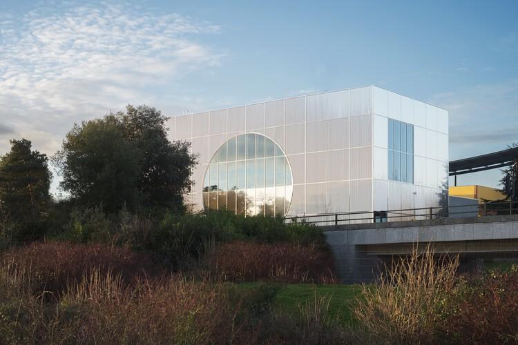 MK Gallery (Милтон Кейнс) от архитекторов 6a.  Изображение предоставлено RIBA