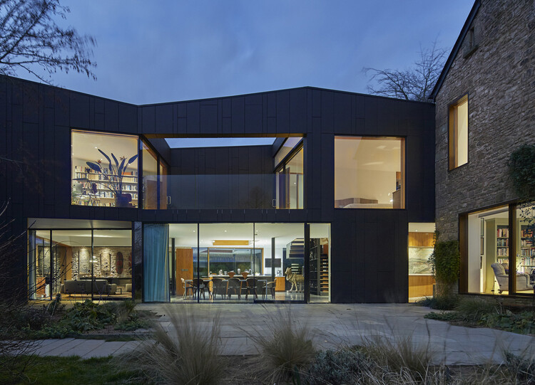 Дом Windward (Глостершир) от Alison Brooks Architects.  Изображение © Пол Риддл