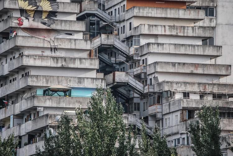 Cabrini-Green y Vele di Scampia: Cuando los proyectos de vivienda pública no funcionan, Vele di Scampia. Imagen © Mirko Bozzato via Pixabay