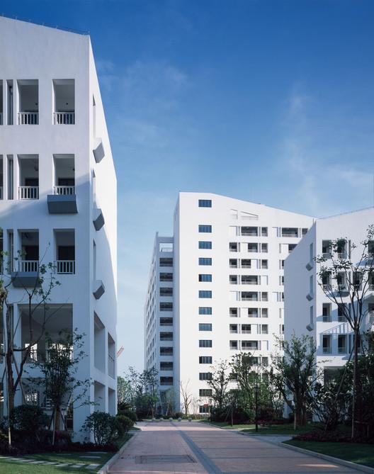 Социальный жилой комплекс Longnan Garden / Atelier GOM.  Изображение © Хао Чен