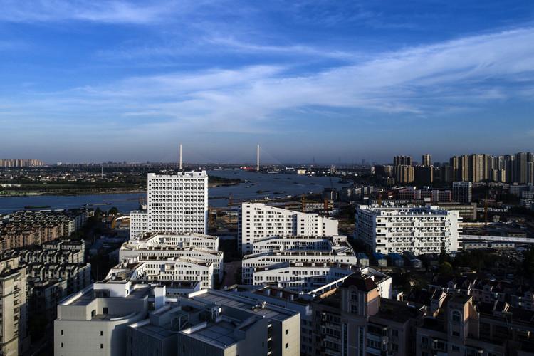 Социальный жилой комплекс Longnan Garden / Atelier GOM.  Изображение © Хэ Вэй