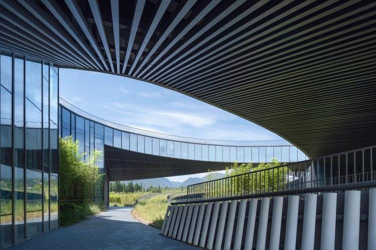 Чередование и накладные расходы на архитектуру.  Изображение © Arch-Exist