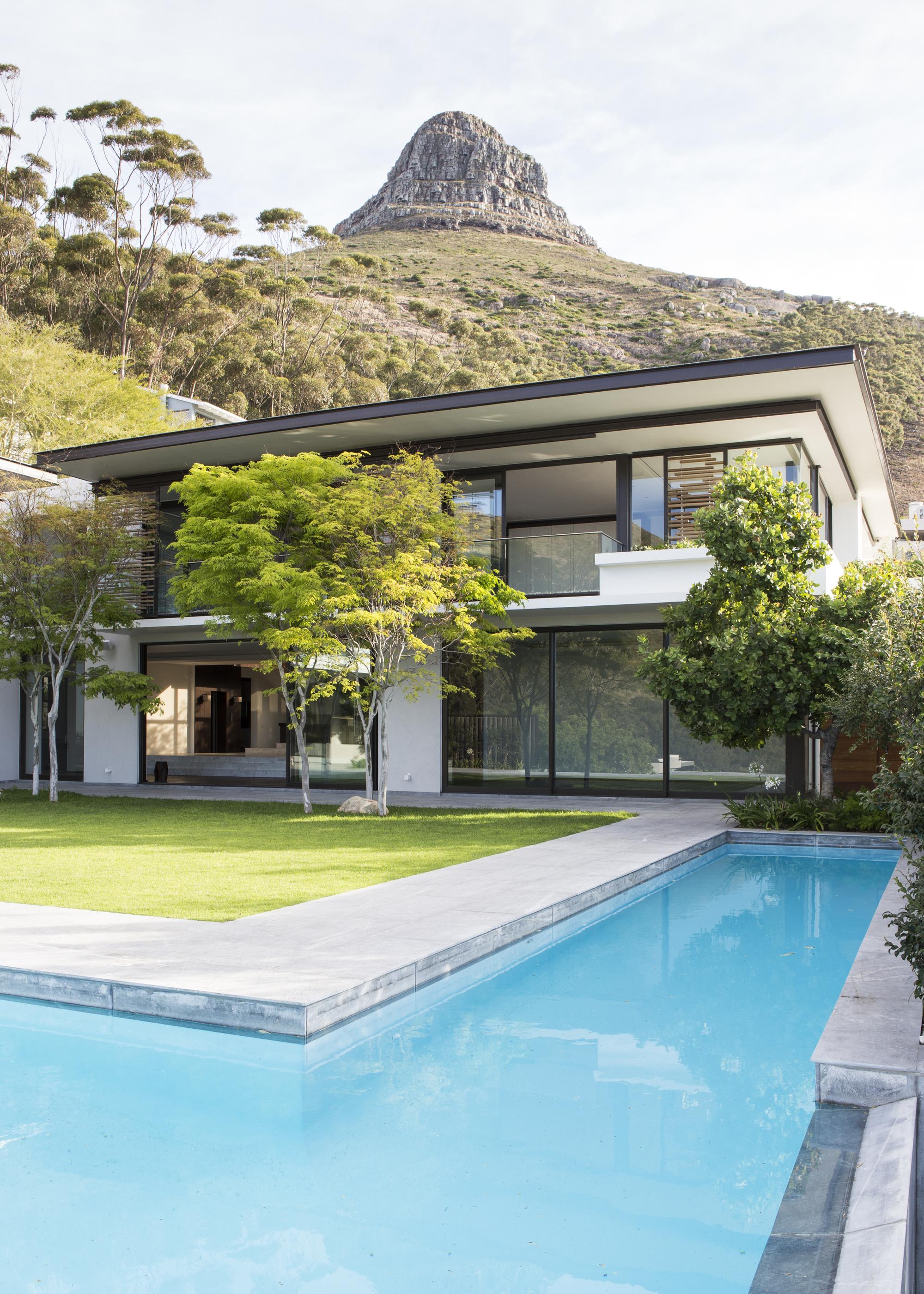 Avenue Fresnaye Villa / Jenny Mills Architects