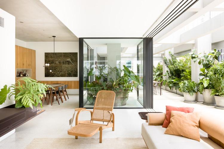 Apartamento CR / Pascali Semerdjian Arquitetos, © Ricardo Bassetti