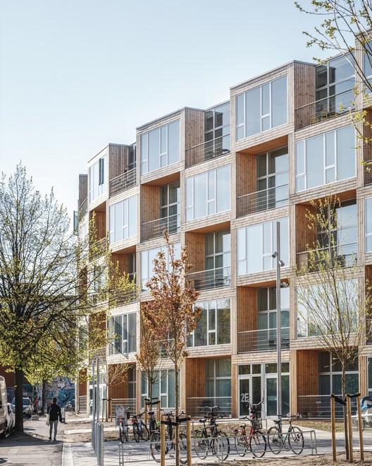 La prefabricación podría hacer más asequible la construcción de viviendas, Casas para todos - Dortheavej Residence / Bjarke Ingels Group. Image © Rasmus Hjortshøj