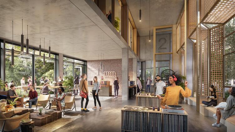 Вид на центр первого этажа Ла Фабрика .. Изображение © Foster + Partners
