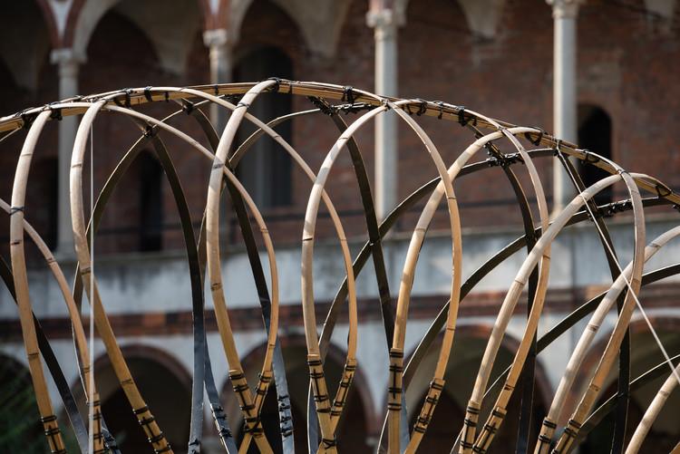 Бамбук (竹) Кольцо:     Плетение симфонии легкости и формы.  Изображение предоставлено Kengo Kuma и OPPO