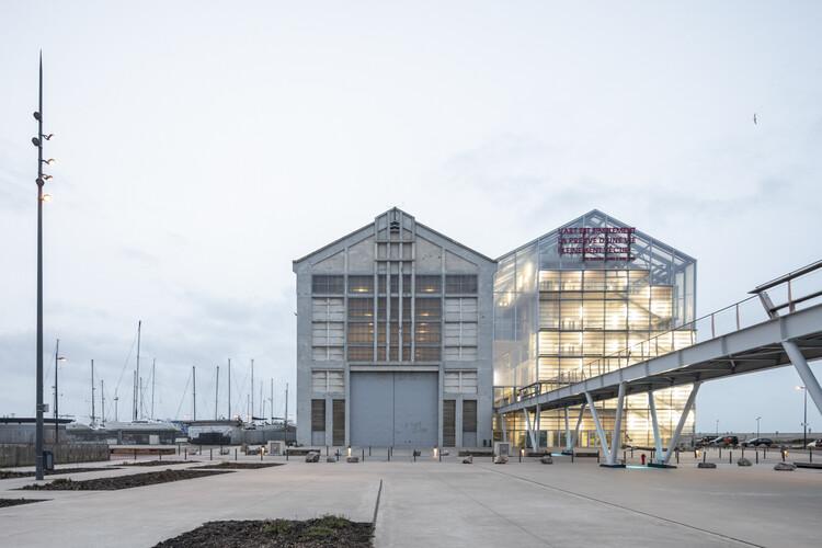 FRAC Dunkerque.  Изображение © Laurian Ghinitoiu