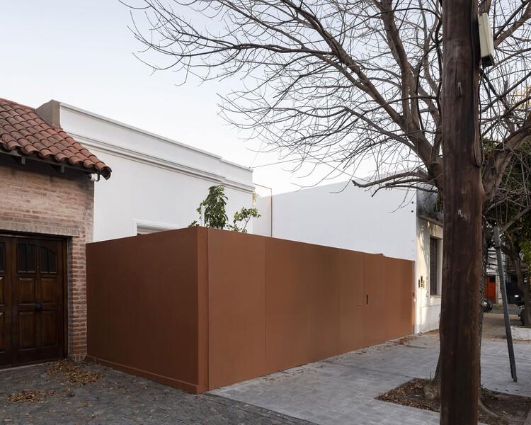 MOO House / Agustín Aguirre + FRAM arquitectos, © Fernando Schapochnik