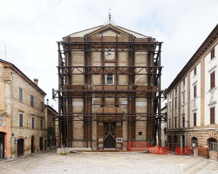 Chiesa di Santa Maria in Via, Andrea Sacchi, Camerino, Italy.  Photo © Flavia Rossi