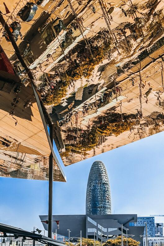 Torre Agbar / Jean Nouvel workshops.  Photo © Ana Delgado
