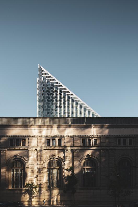 BIG (Bjarke Ingels Group) / VIA 57, Manhattan, New York, United States.  Photo © Ivane Katamashvili
