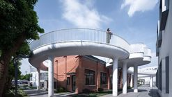 Jiangnan District Embroidered Garment Factory / Minax Architects