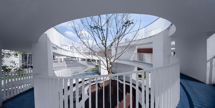 круговой коридор.  Изображение © Qingshan Wu