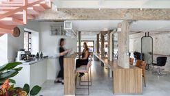 Salão Lounge Hair & Make Up / Babel Arquitetura