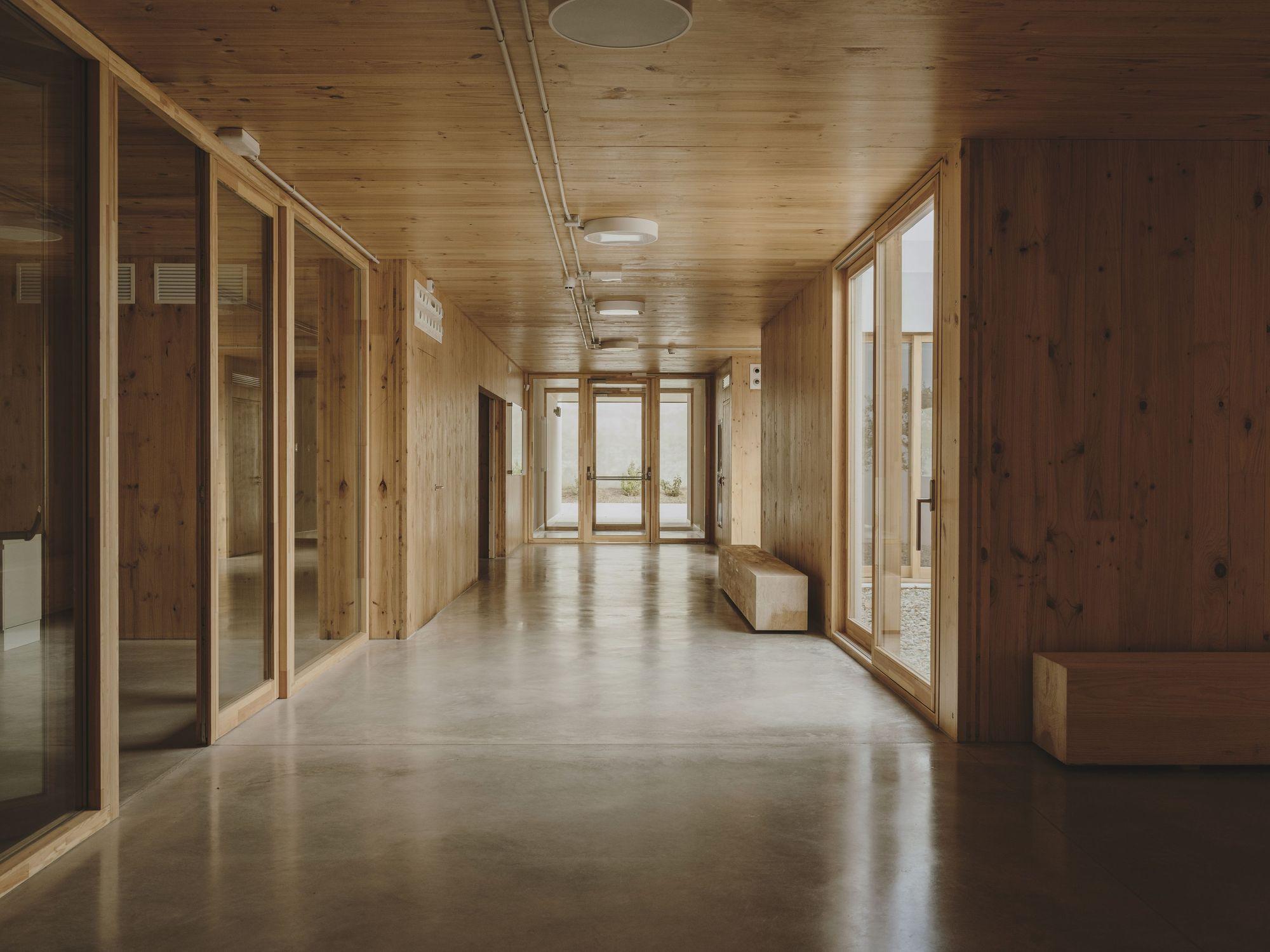 Alzheimer's Day Center / GCA Architects