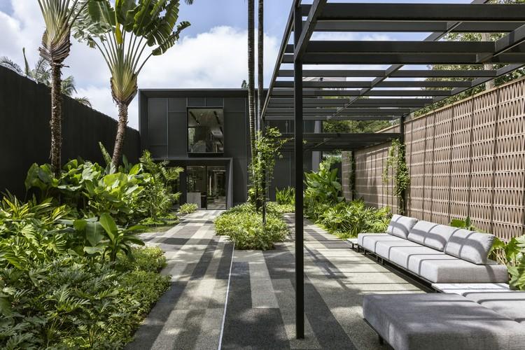 Loja Idália / Vivian Coser Arquitetos Associados, © Ruy Teixeira
